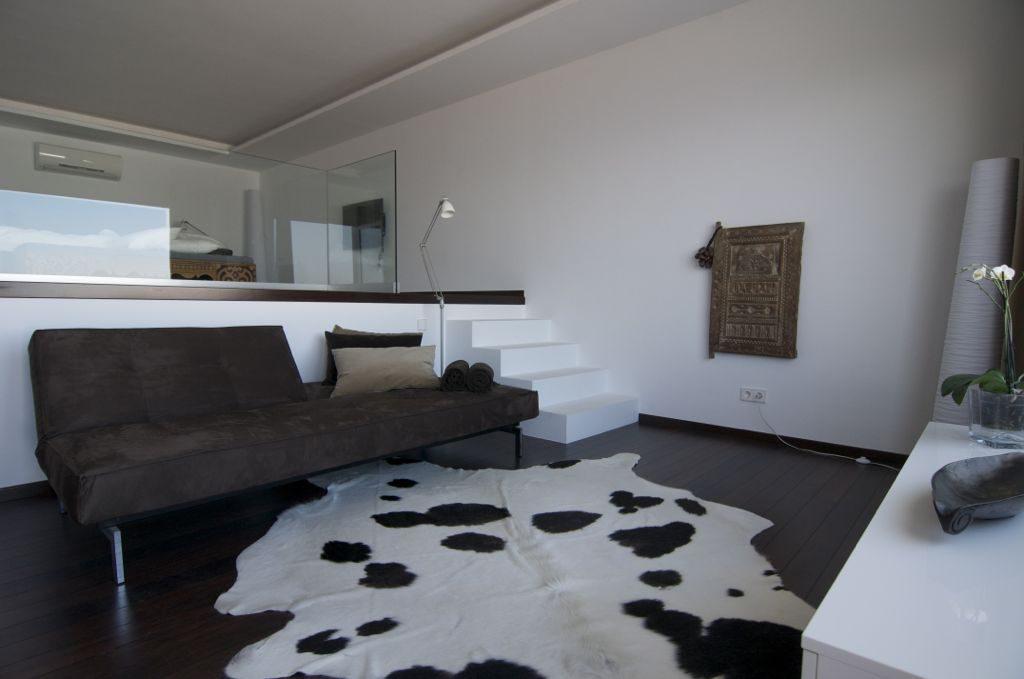 dormitorio1 18 1024x679 - Unas vacaciones de ensueño en Punta de la Mona, La Herradura (Granada), frente al mar