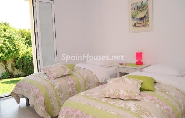 dormitorio1 23 - Coqueta villa en Mijas Golf (Costa del Sol, Málaga), con piscina y un bonito porche para disfrutar