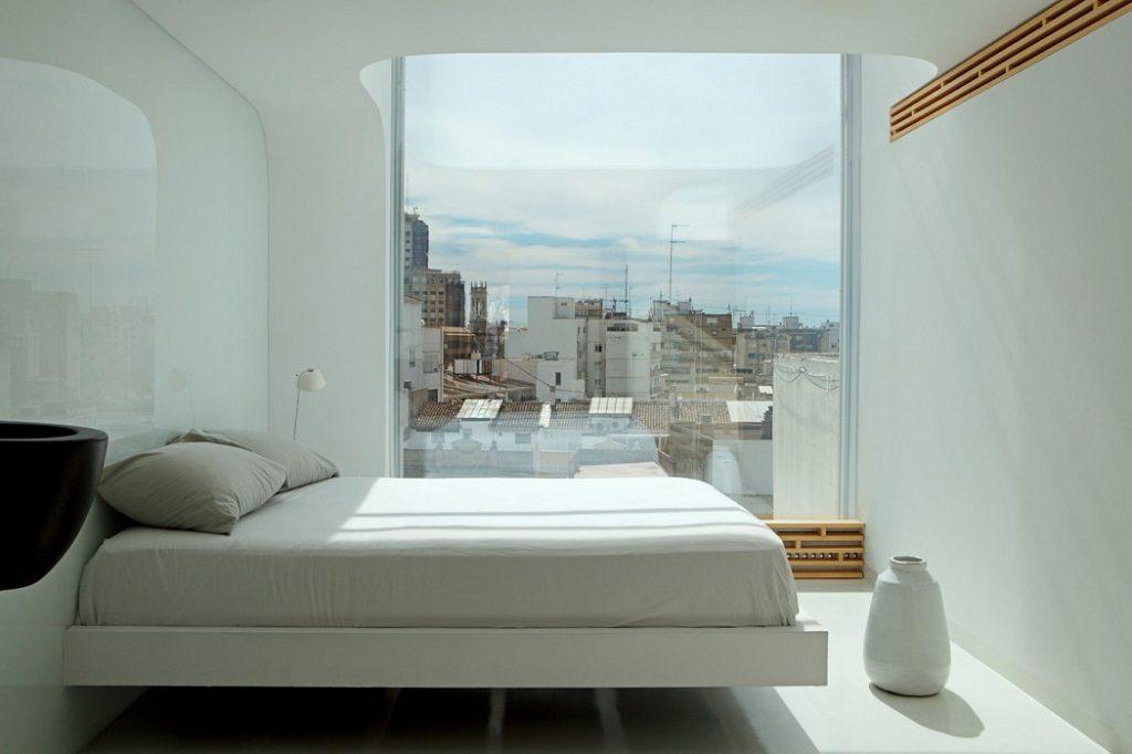 dormitorio1 26 1024x682 - Precioso ático de diseño en Valencia: 70 metros de luz, funcionalidad y encanto
