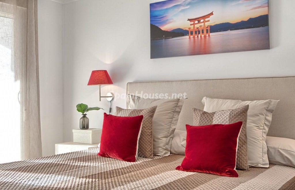 dormitorio1 27 1024x659 - Precioso piso a estrenar en la Sierra de las Nieves (Istán, Marbella), naturaleza a 15 km del mar