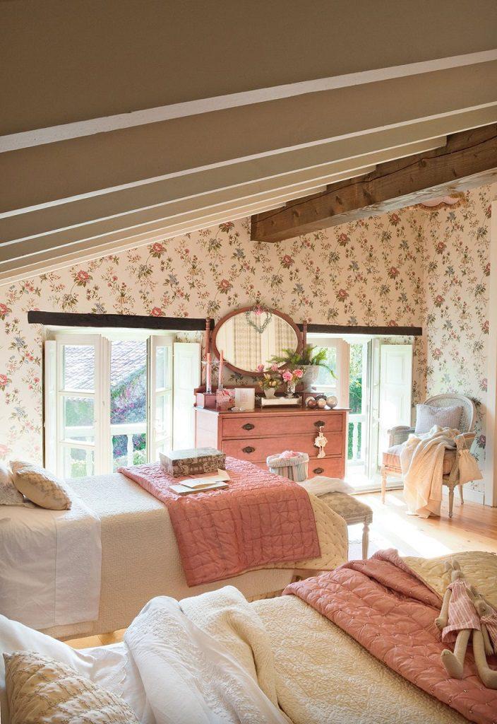 dormitorio1 37 704x1024 - Nochevieja y Año Nuevo en una casa perfecta para una fiesta campestre y romántica