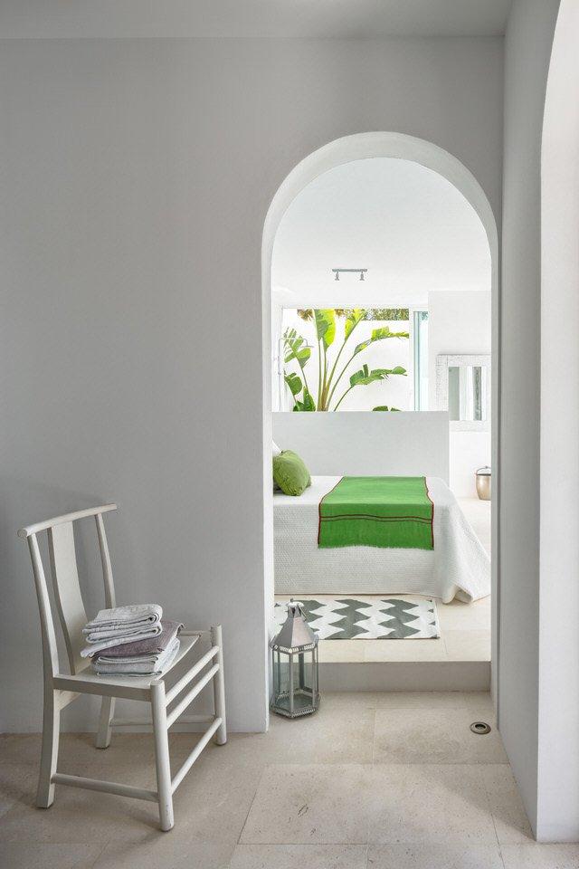 dormitorio1 54 - Serenidad minimalista y mediterránea en una genial casa en Sotogrande (Cádiz)