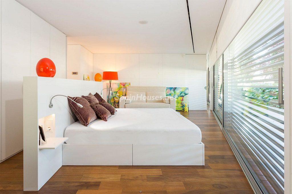 dormitorio1 63 1024x682 - Chalet en la Sierra de Collserola (Barcelona): lujo y diseño para disfrutar