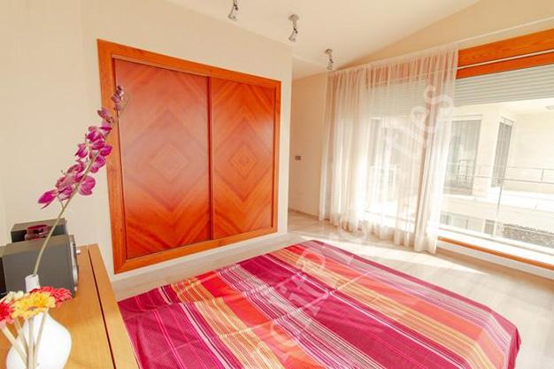 dormitorio1 71 - La casa de tus sueños es este chalet de lujo en Alicante situado junto al mar