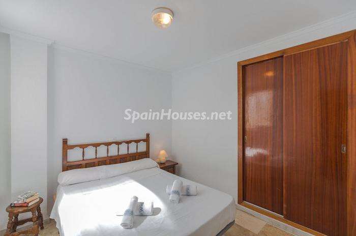 dormitorio101 - Escapada económica a la playa en un apartamento en Calpe (Costa Blanca, Alicante)