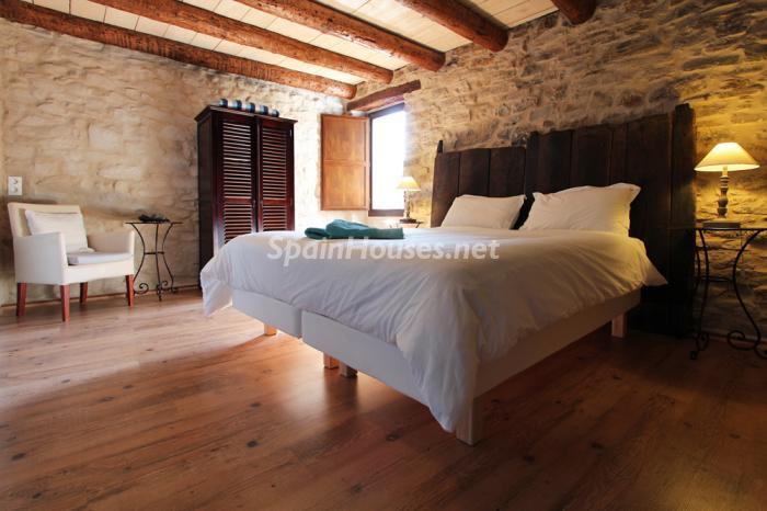 dormitorio131 - Otoño y naturaleza en una preciosa casa tradicional en Ribagorza, el Pirineo de Huesca