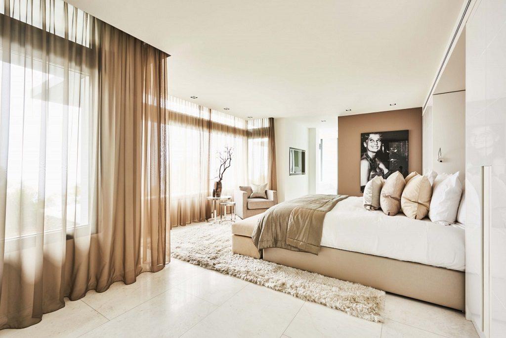 dormitorio2 14 1024x683 - Altea Hills: Villas de diseño mediterráneo con vistas al mar en Costa Blanca (Alicante)