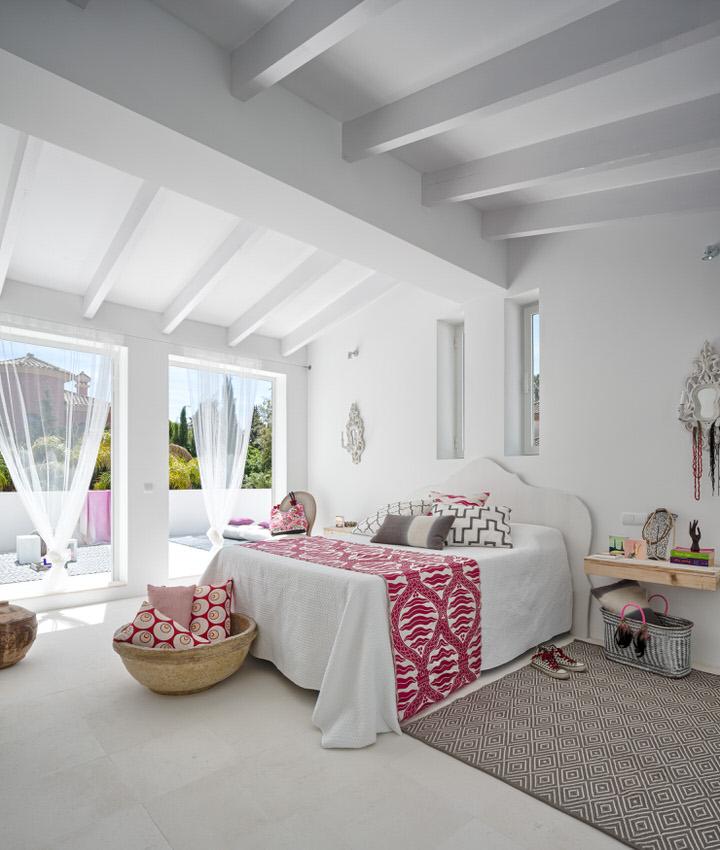 dormitorio2 20 - Serenidad minimalista y mediterránea en una genial casa en Sotogrande (Cádiz)