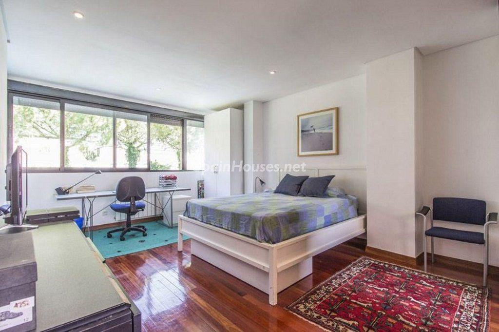 dormitorio2 8 1024x681 - Precioso chalet en Boadilla del Monte: un remanso de paz a solo 16 km de Madrid