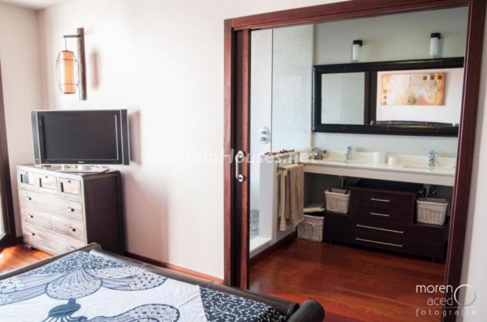 dormitorio34 - Lujo lleno de encanto en un precioso chalet en Pinares de San Antón, Málaga