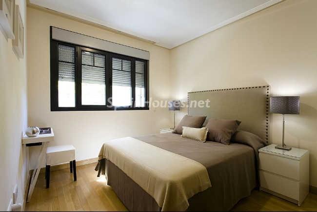 dormitorio42 - Elegante y acogedor ático en alquiler en el barrio de Salamanca, Madrid