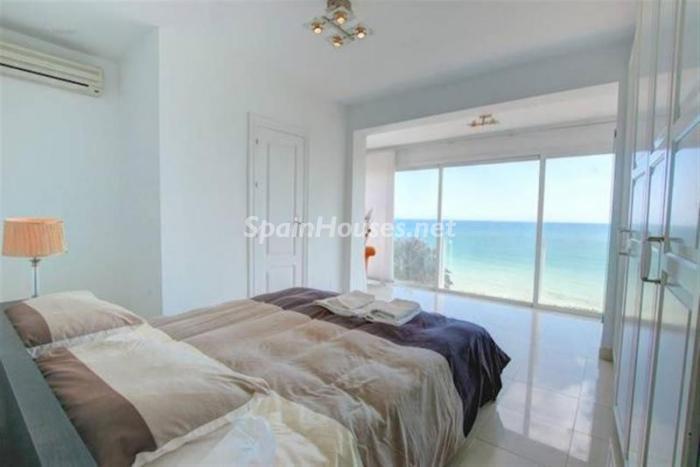 dormitorio46 - Preciosa casa llena de luz junto al mar en Mijas Costa (Costa del Sol, Málaga)