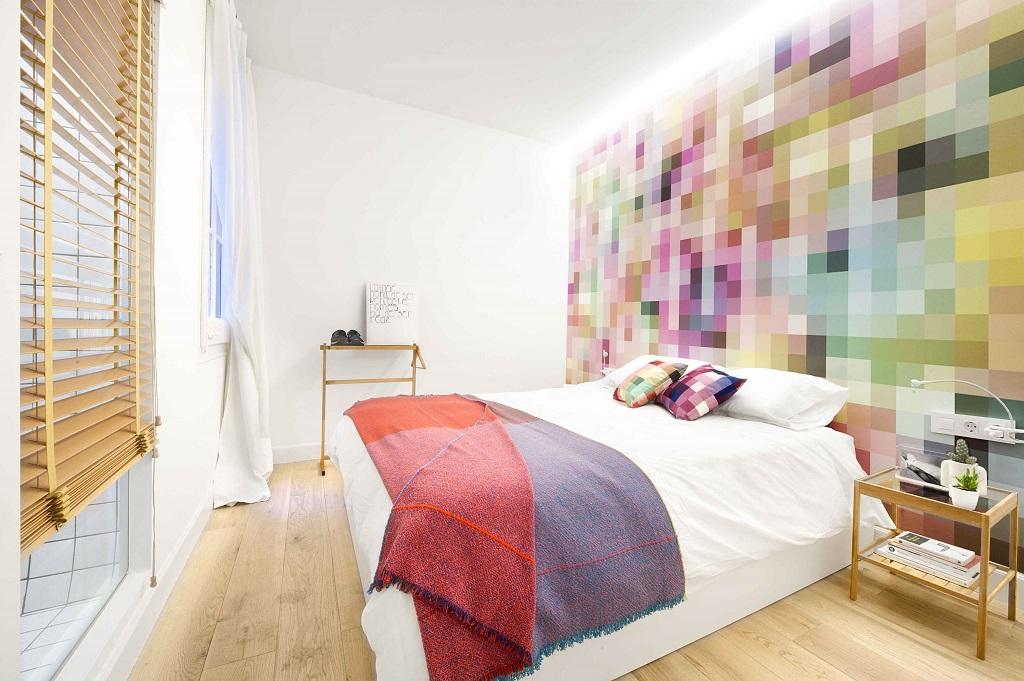 dormitorio50 - 75 metros de elegante armonía, amplitud y luz en un apartamento de Barcelona