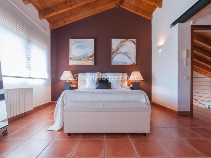 dormitorio69 - Fusión de ambientes en una elegante casa en Castelldefels (Barcelona)