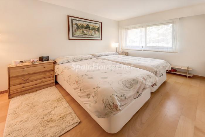 dormitorio72 - Coqueto piso dúplex en primera línea de mar en Cala Viñas, Calvià (Mallorca, Baleares)
