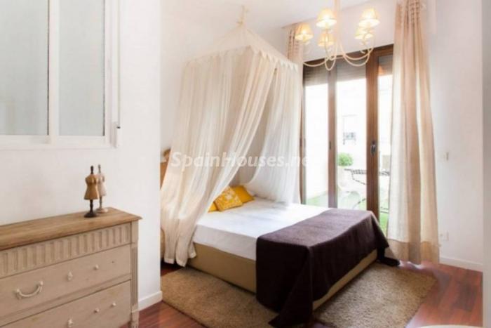dormitorio80 - Noches de verano en un coqueto ático en alquiler en Valencia, en el Mercado Central