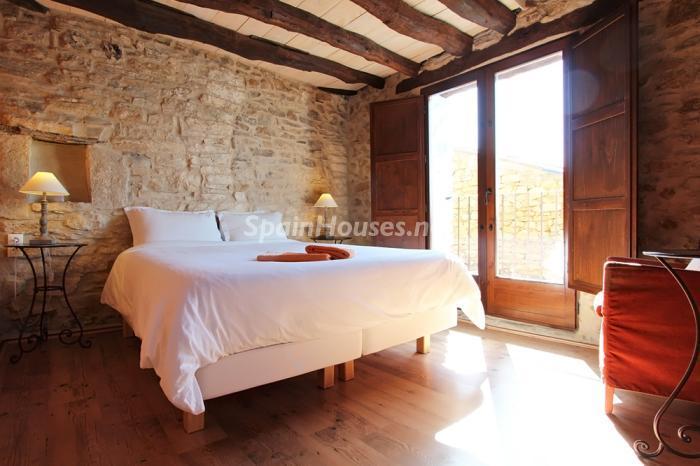 dormitorio93 - Otoño y naturaleza en una preciosa casa tradicional en Ribagorza, el Pirineo de Huesca