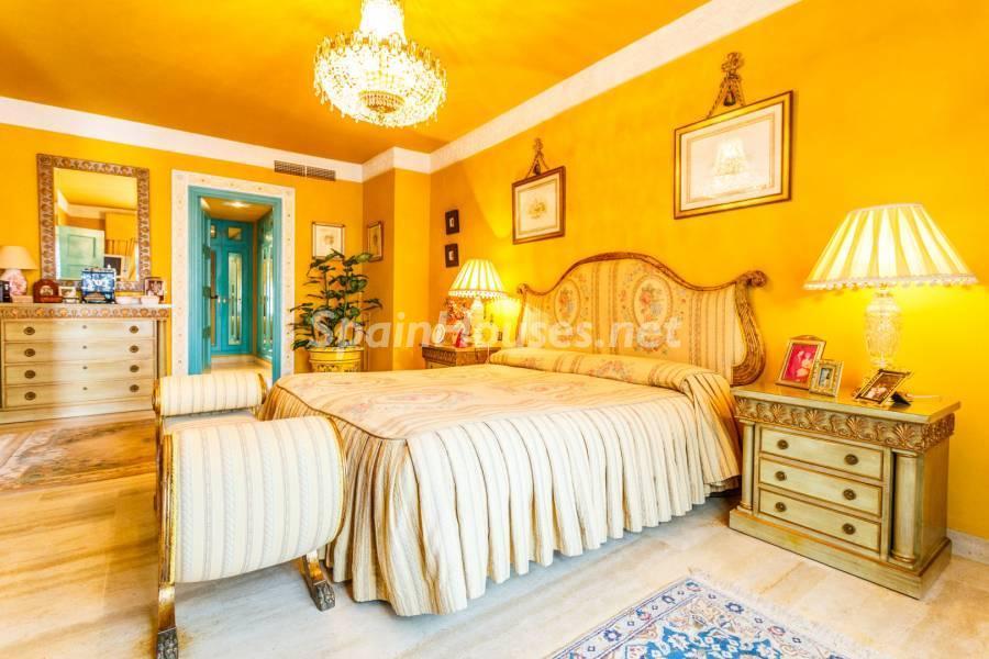 dormitorioprincipal - Estilo mudéjar lleno de encanto en un espectacular chalet en el Aljarafe de Sevilla