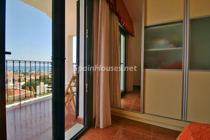 dormitorioterraza - Gran chalet de 6 dormitorios con vistas a la Isla de San Andrés, Carboneras (Almería)