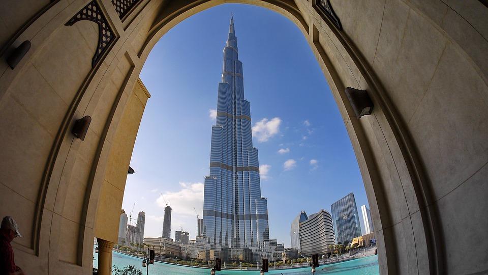 dubai 2057583 960 720 - Burj Khalifa, el edificio más alto del mundo está inspirado en una flor