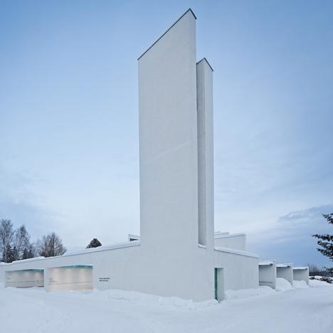 dzn Chapel of St. Lawrence by Avanto Architect top1 - Una iglesia muy curiosa