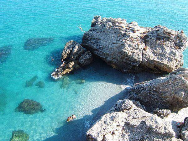ec7da2f9dda0115d89e63d26d6ab84f2 600x450 - Las mejores playas de Andalucía para visitar en Semana Santa