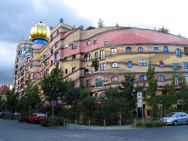 edi - Un Mundo de Edificios Extravagantes