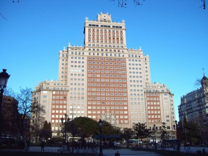 edificio españa 300x226 - El edificio España de Madrid, vendido al empresario Wang Jianlin, la mayor fortuna de China