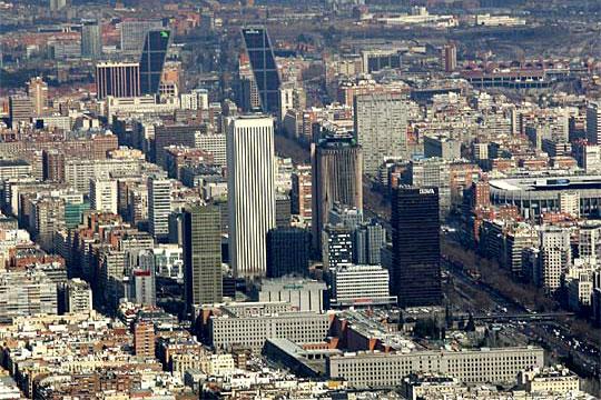 edificios altos madrid - Madrid tira del mercado inmobiliario nacional