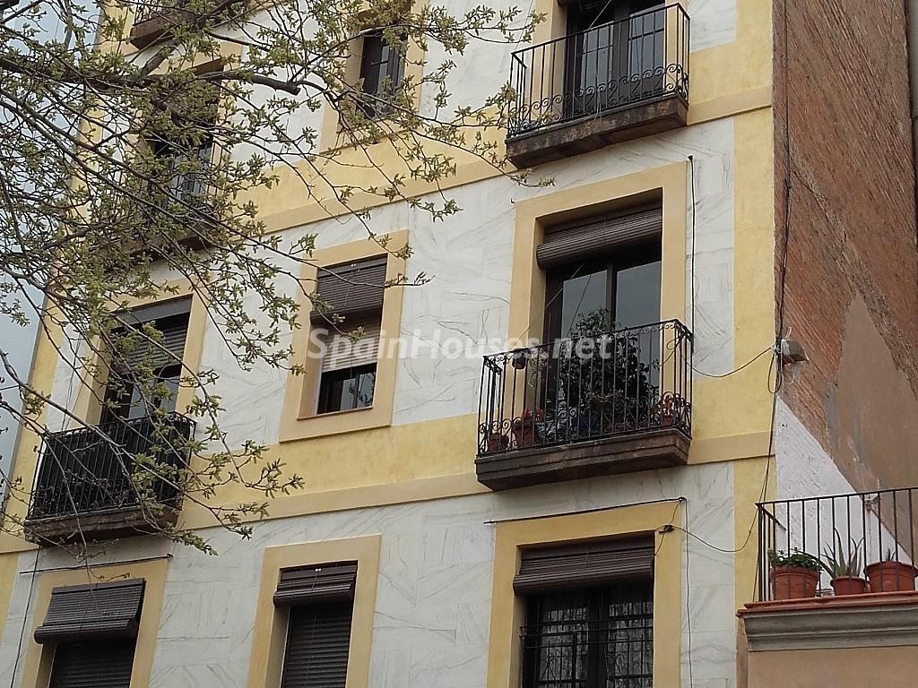 elraval barcelona 1 1024x768 - ¡A la caza de gangas en Barcelona! 21 estupendos pisos entre 45.000 y 120.000 euros