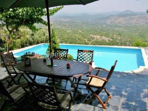 eltiemblo avila - Fantásticas piscinas de otoño en 14 geniales casas ideales para despedir el verano