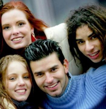 emancipacion - Un joven debe destinar el 70% de su sueldo a la compra de una vivienda