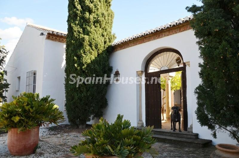 entrada 1 - Vacaciones llenas de encanto en un cortijo andaluz en Frigiliana (Costa del Sol, Málaga)