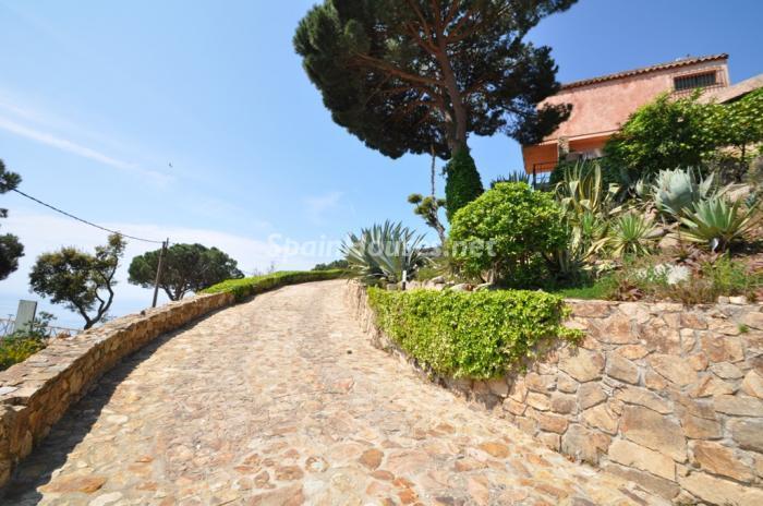 entrada1 - Casa de la Semana: Preciosa Villa en Lloret de Mar, Costa Brava