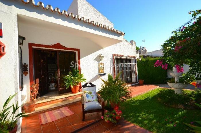 entrada2 - Casa de la Semana: Chalet lleno de encanto en El Candado, Málaga (Costa del Sol)