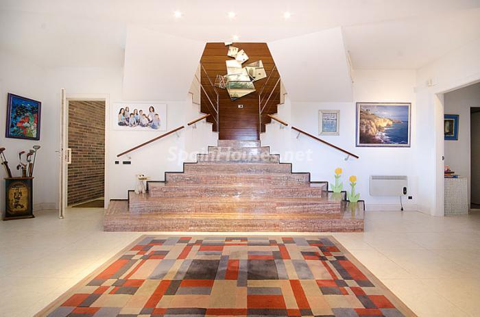 entrada22 - Sensacional casa de lujo en Torredembarra (Costa Dorada): elegancia y luz junto al mar