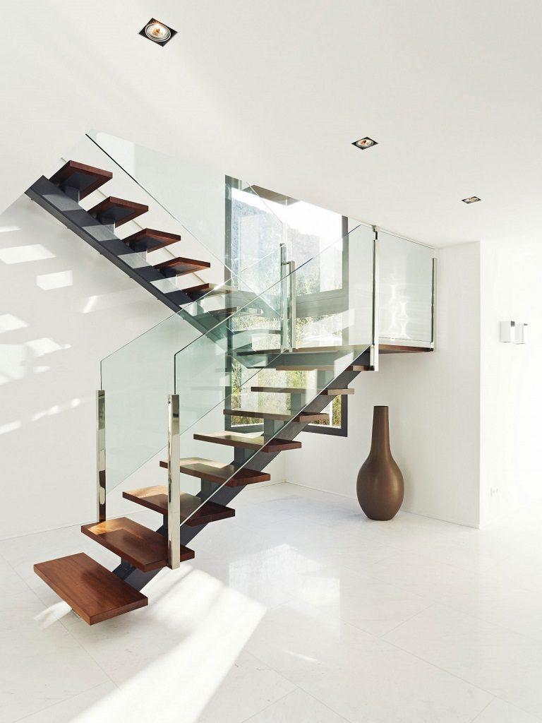 escaleras 8 768x1024 - Altea Hills: Villas de diseño mediterráneo con vistas al mar en Costa Blanca (Alicante)