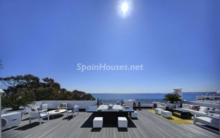 estepona málaga - 17 espectaculares áticos con terrazas llenas de sol, luz, espacios relajantes y vistas al mar