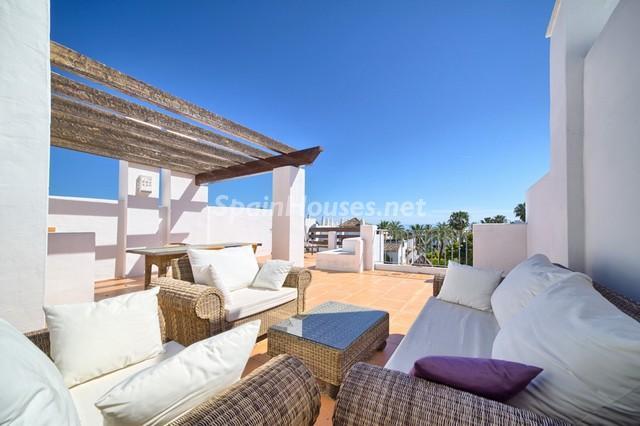 estepona malaga1 - 17 espectaculares áticos con terrazas llenas de sol, luz, espacios relajantes y vistas al mar