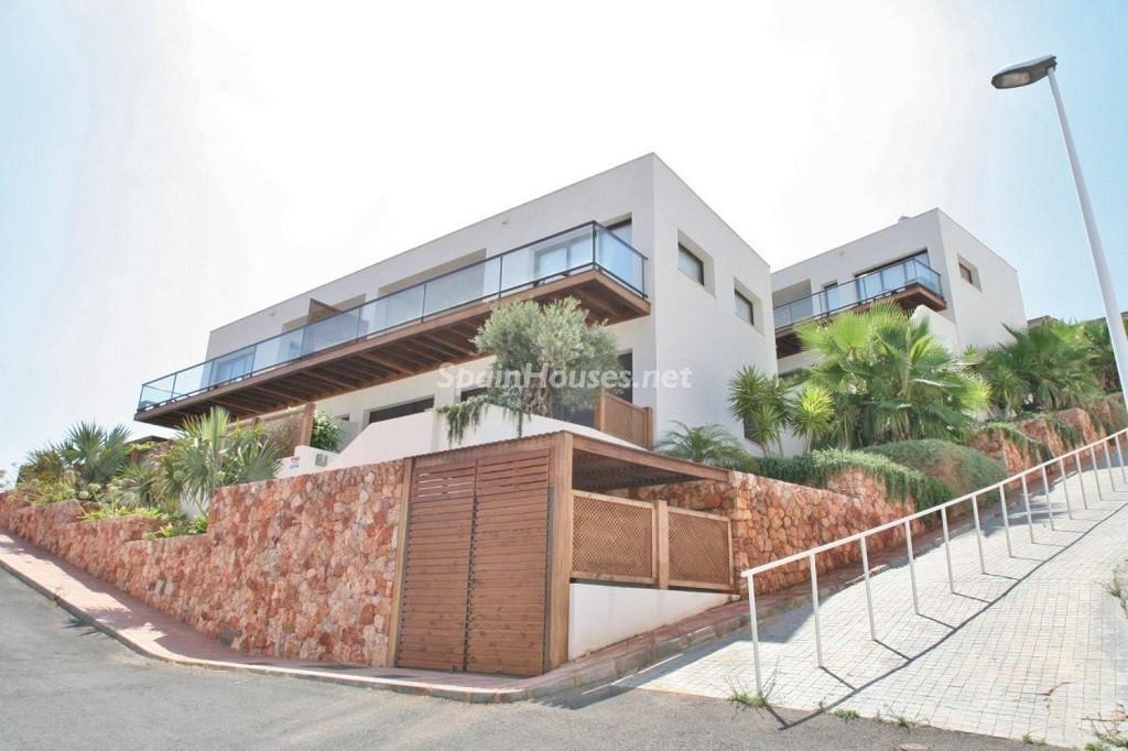 exterior 2 1024x682 - Coqueto chalet a estrenar con bonitas vistas al mar en San José (Cabo de Gata, Almería)