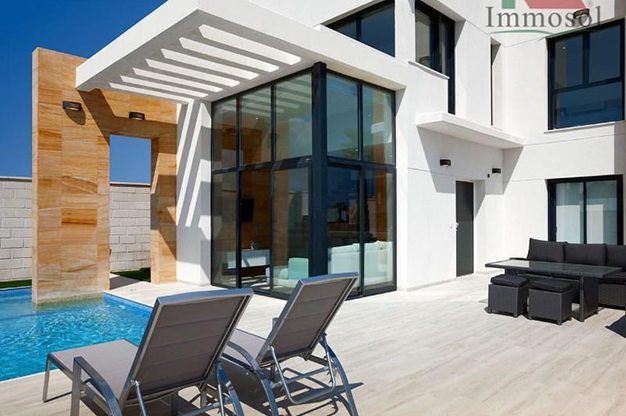 exterior 9 - Chalet de lujo en Alicante: confort y excelente ubicación