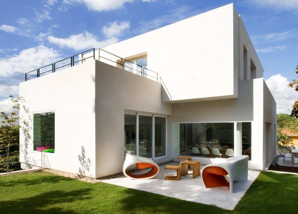 exterior casa1 1 - Diseño contemporáneo y luz otoñal en una preciosa casa en Madrid