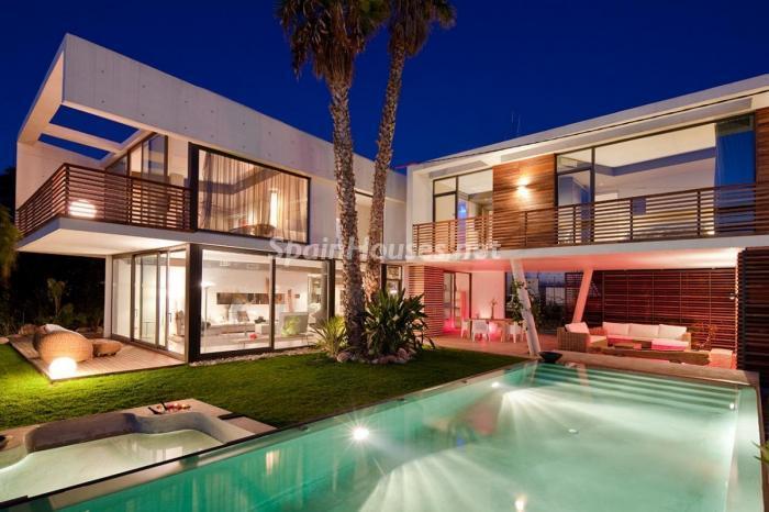 exterior principal - Preciosa y moderna villa llena de exclusividad en Benidorm, Costa Blanca