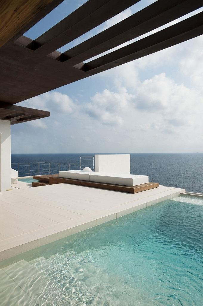 exterior18 - Preciosa villa en Ibiza de espectacular y radiante blanco minimalista junto al mar