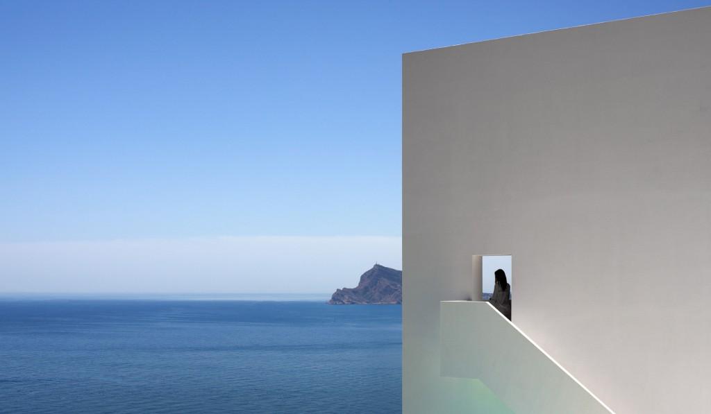 Exterior - La casa y vistas al mar