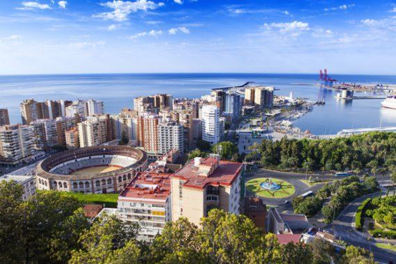 foto de la ciudad desde alto 1216 335 e1504258322268 - Vivir en Málaga: siete razones por las que te mudarías a la Costa del Sol
