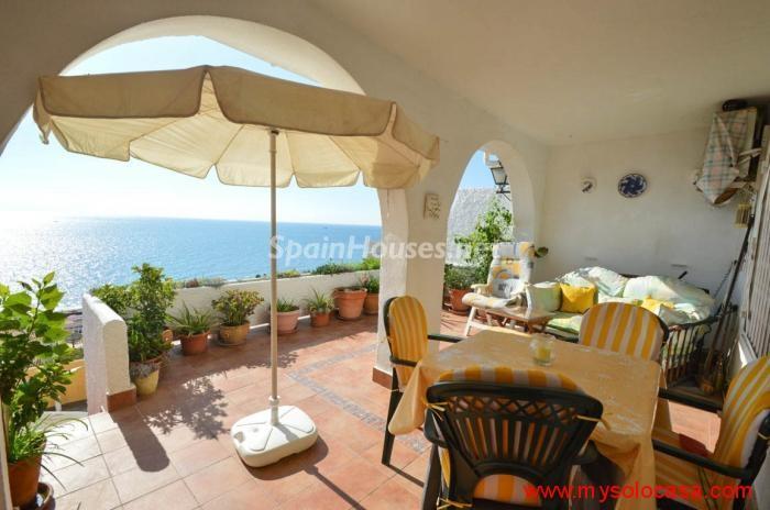 fuengirola malaga1 - 17 preciosas casas con rincones de encanto y sol para disfrutar los últimos días del otoño