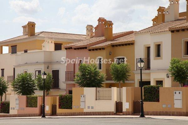 fuentealamo murcia - La firma de hipotecas para comprar viviendas subió un 10% en septiembre