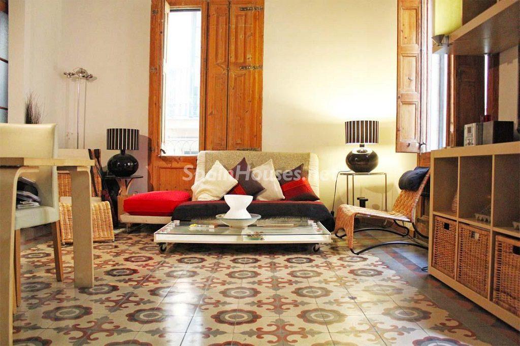 gotic barcelona 1024x682 - 15 pisos en alquiler con una decoración moderna y urbana o muy cerquita de la playa