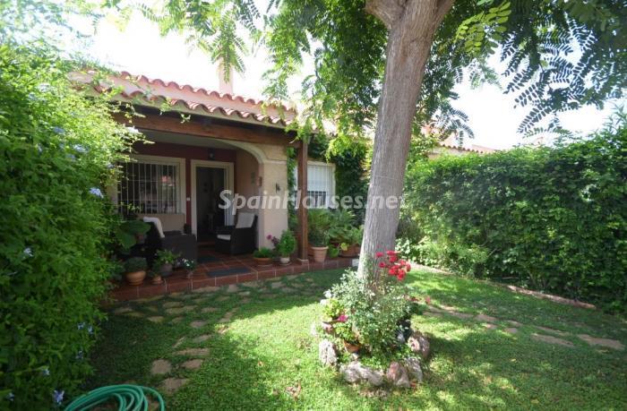 granalacant alicante - 17 preciosas casas con rincones de encanto y sol para disfrutar los últimos días del otoño